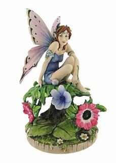 figurine-AnemoneFairy1.jpg