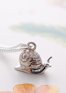 snail-necklace.jpg